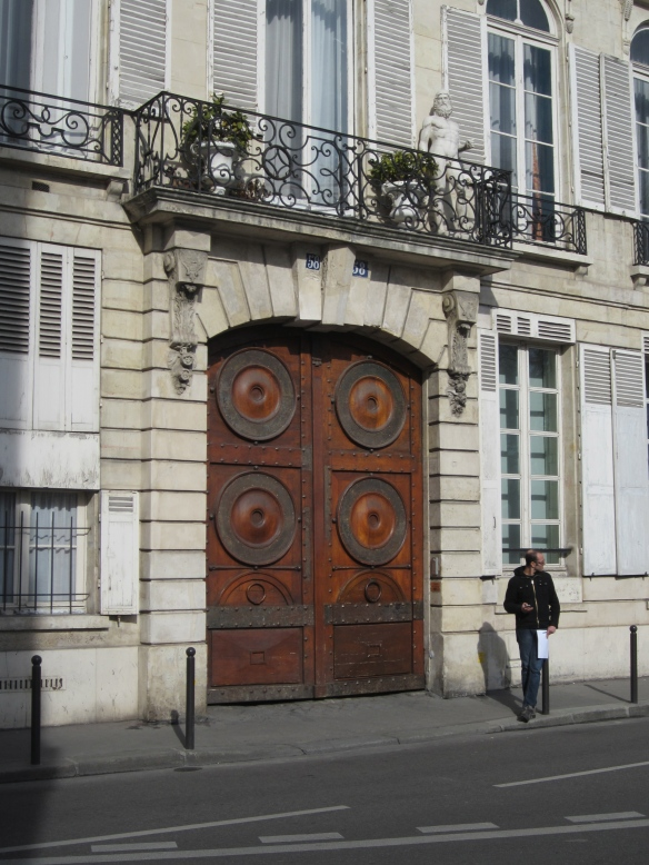The doorway to Zelda and Scott's other Paris apartment (1928-ish?) on the corner of Luxembourg Gardens. The Fitzgeralds knew how to spend money - this is some of the best and most expensive real estate in Paris.