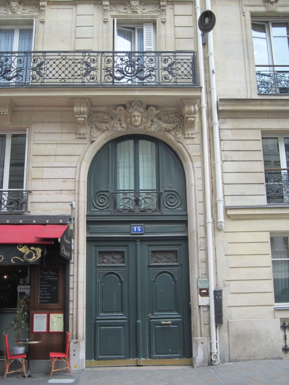 14 rue de Tilsitt, Zelda and Scott's first apartment in Paris in about 1925. It's located on the right bank in the 8th arrondissement, which is still home to some of the most expensive real estate in Paris. Hemingway used to claim that he felt uncomfortable going to the Fitzgerald's apartment, that he much preferred his slummier surroundings on the Left Bank.