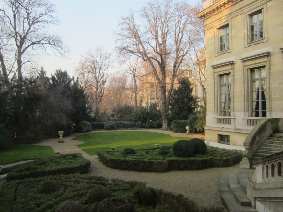 Backyard gardens of the Musée Nissim de Camondo in Paris.