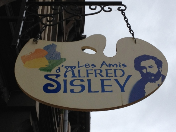 Les Amis d'Alfred Sisley: the Friends of Alfred Sisley, an art association that offers tourist information about Sisley. 24 rue Grande, Moret-sur-Loing.