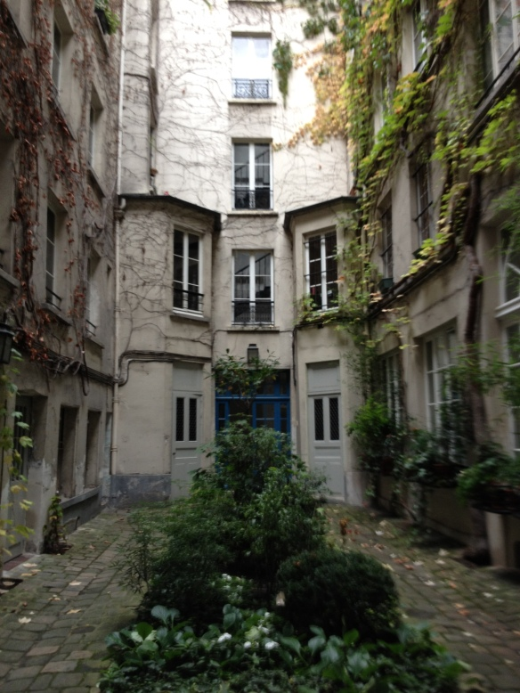 The fictional courtyard from the book Sarah's Key at 36 rue de Saintonge, Paris