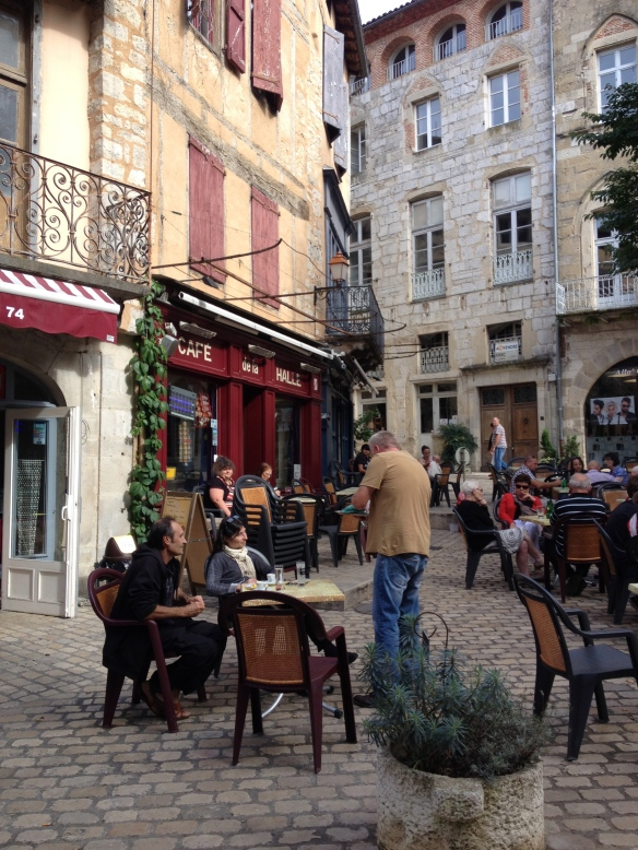 Café in the center of Saint-Antonin-Noble-Val