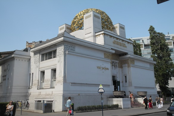 The Secession Building in Vienna: Gustav Klimt's Beethoven Frieze